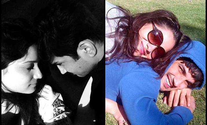 ankita lokhande posts cozy pictures with beau sushant singh