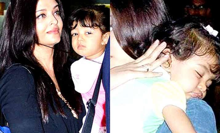know what makes aaradhya bachchan awake till late night