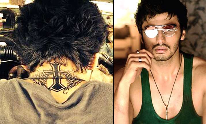 arjun kapoor s new tattoo adds to his finding fanny