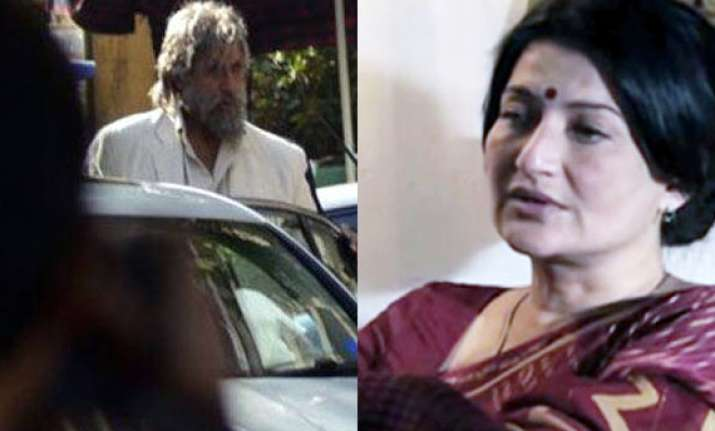 big b plays a prank scares sarika and tv crew on sets of