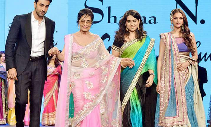 celebrities on ramp for cancer patients see pics