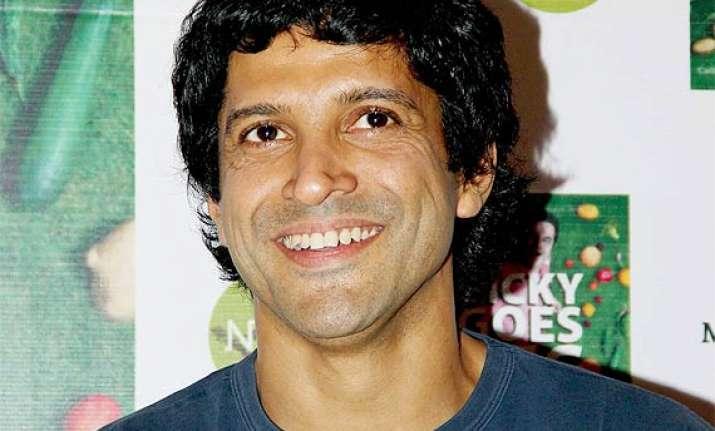farhan akhtar becomes the new face of yepme.com