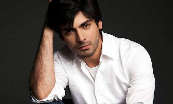 pakistan s fawad khan praises indian filmmaking