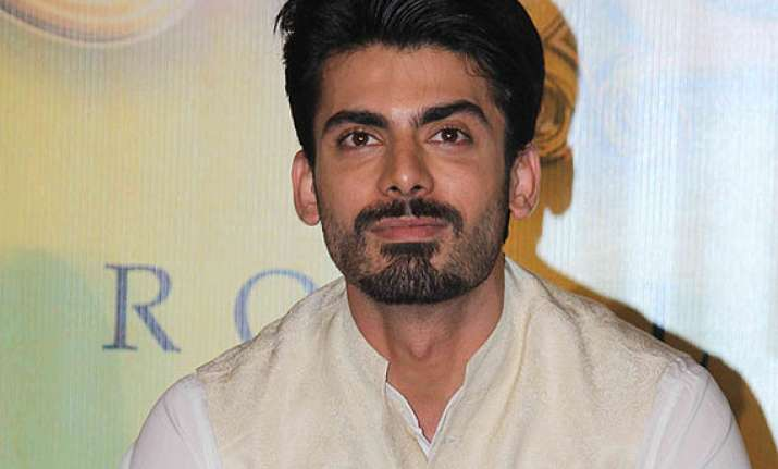 fawad s debut will help pakistani actors in bollywood aamina