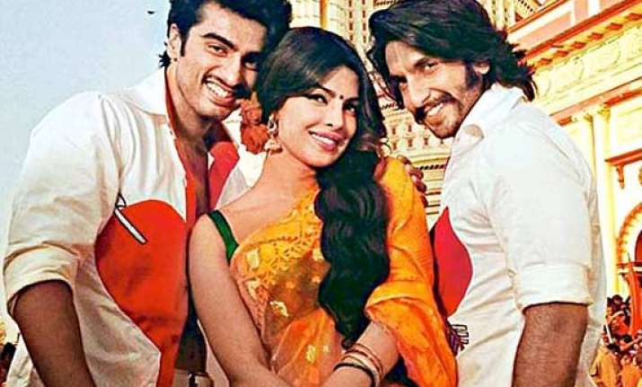 gunday movie preview priyanka ranveer and arjun to