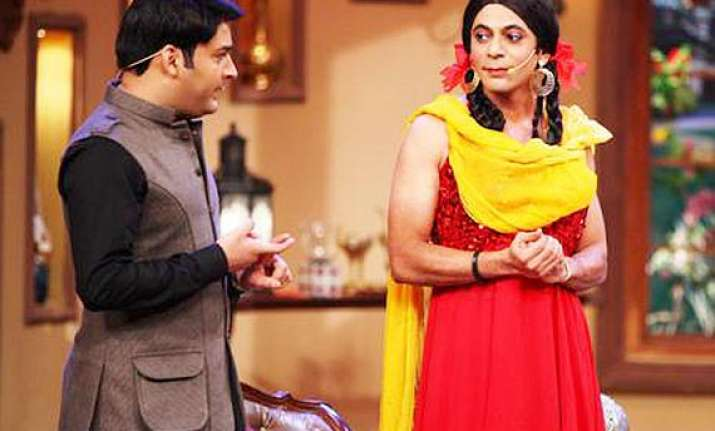 comedy nights with kapil sunil grover back as gutthi on the
