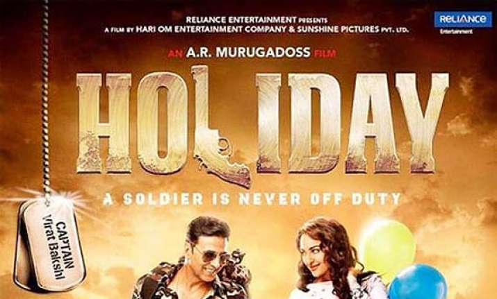 holiday s first poster out akshay sonakshi to create rowdy