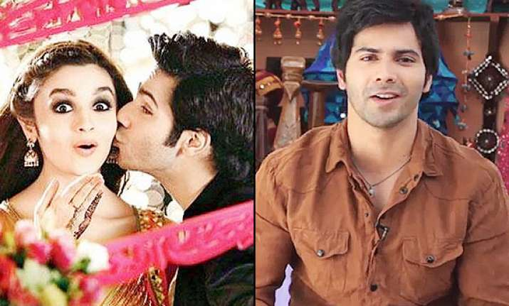 varun dhawan seeks help gives his contact number in the