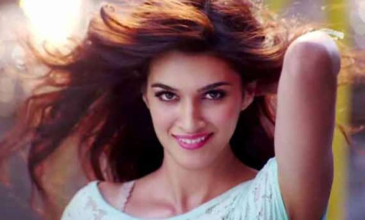kriti sanon i m too new to develop an attitude