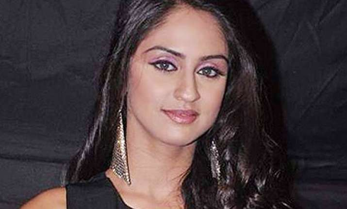 krystle dsouza is a loving daughter in real life too