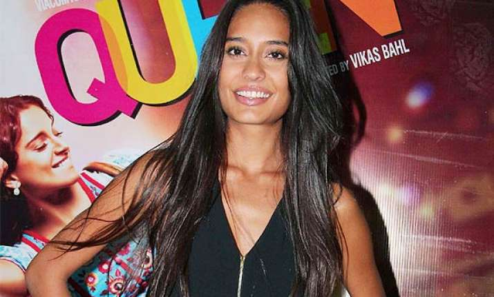 hot lisa haydon is happy that she did queen with kangana