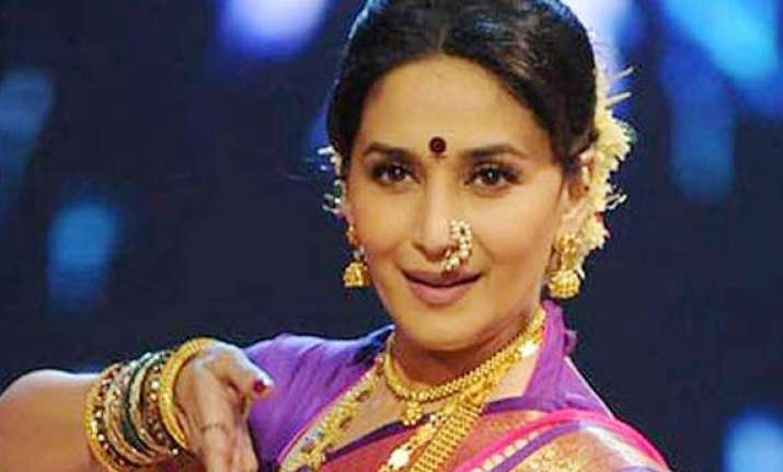 madhuri dixit shows interest in marathi films see pics
