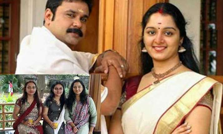 no point blaming my friends for my divorce manju warrier
