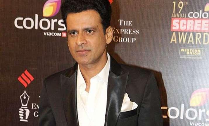 manoj bajpayee follows shah rukh big b returns back to tv