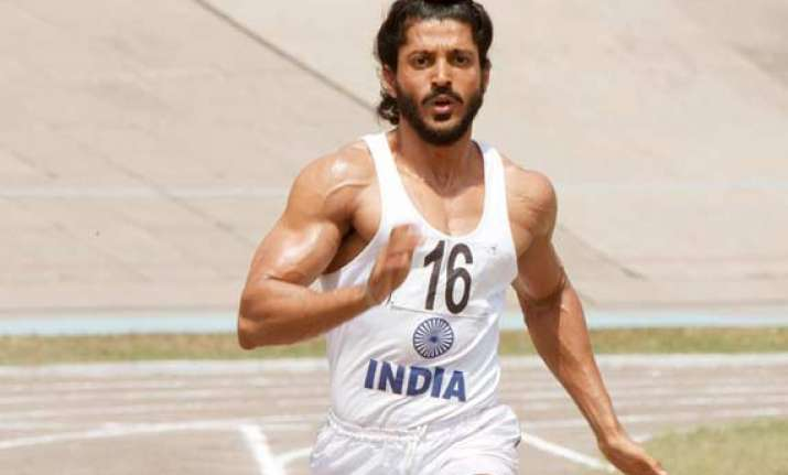 bhaag milkha bhaag wins top honours at iifa 2014