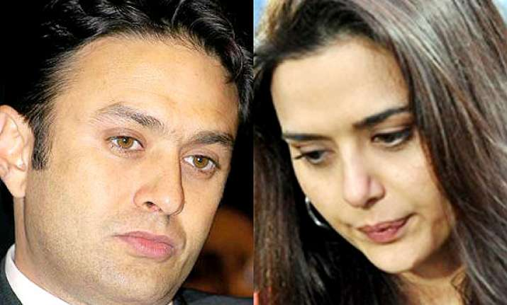 preity zinta molestation case cops probe mafia threats to