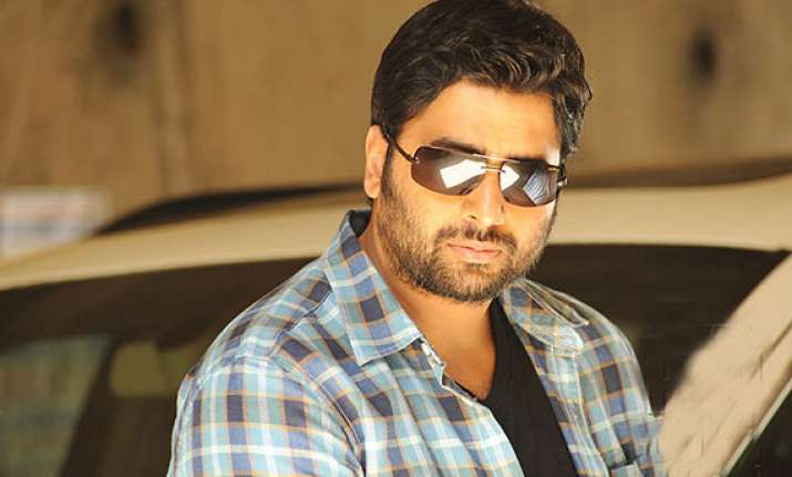 rowdy fellow to feature remix song of senior ntr