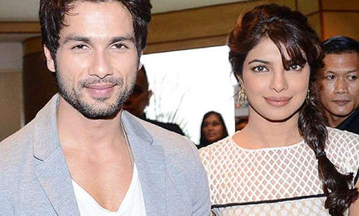 shahid kapoor to romance priyanka chopra in next