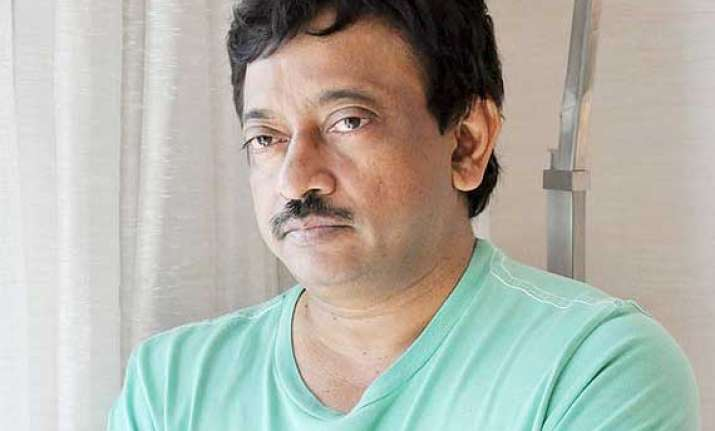 ram gopal varma apologises for his insulting tweets
