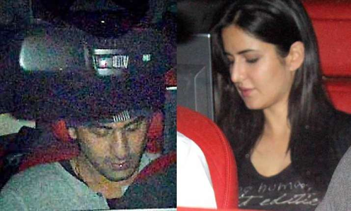 ranbir katrina caught enjoying late night movie date see