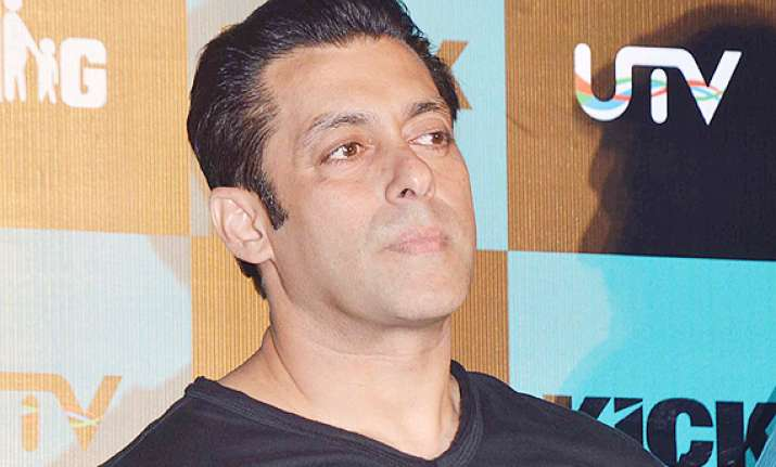 salman khan to help fans get jobs