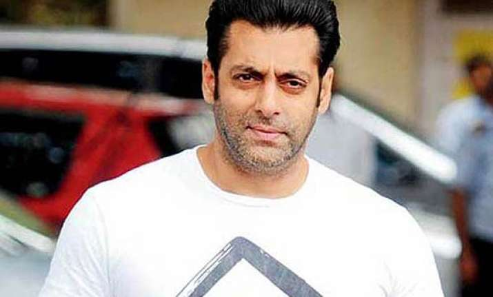salman khan shoots kick s climax in poland
