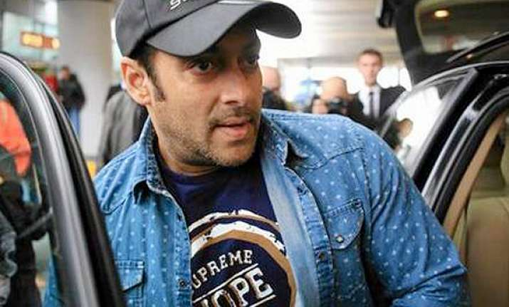 salman khan promotes poland urges producers to go for it in