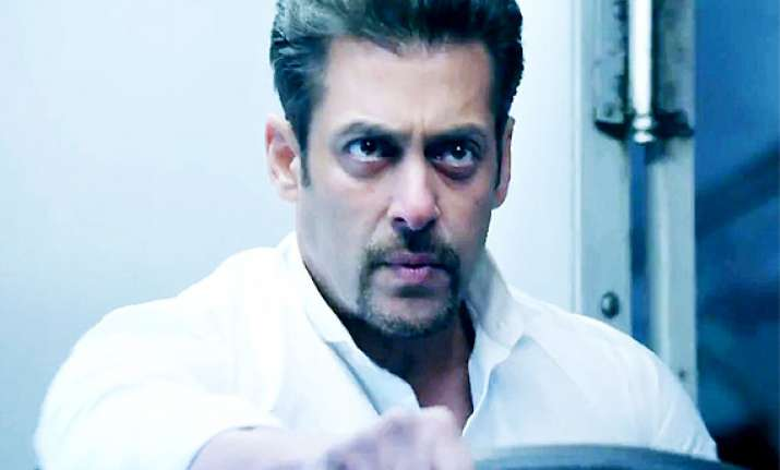 kick makes salman khan cry see pics