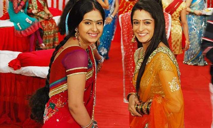 sasural.. will simar and family leave their house