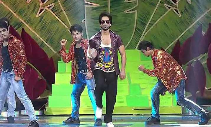 shahid kapoor to perform in london next month
