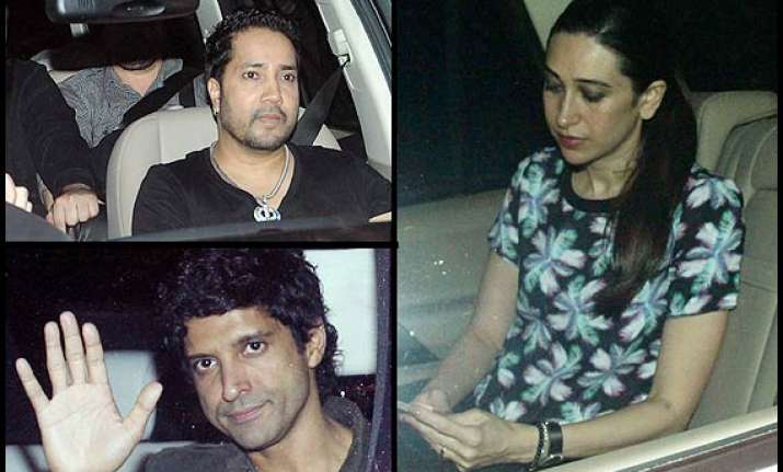 shah rukh throws surprise party farhan karisma karan attend