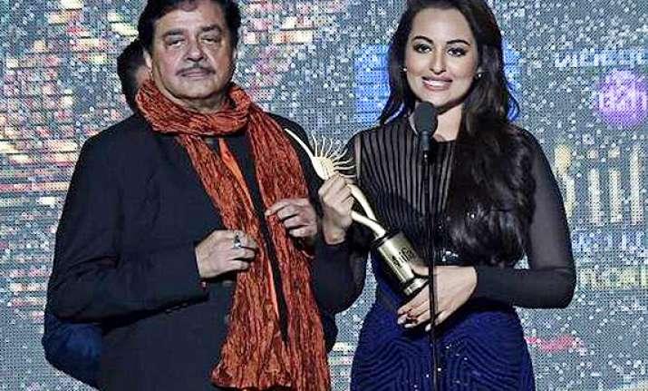 iifa 2014 shatrughan sinha gets lifetime achievement award