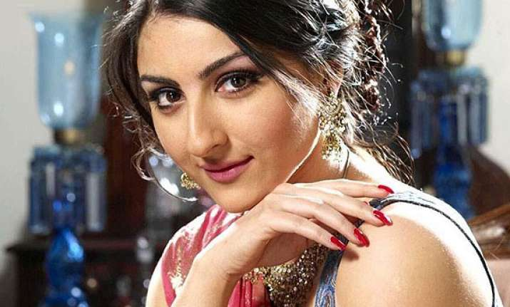 soha ali khan to learn punjabi for film on 1984 anti sikh