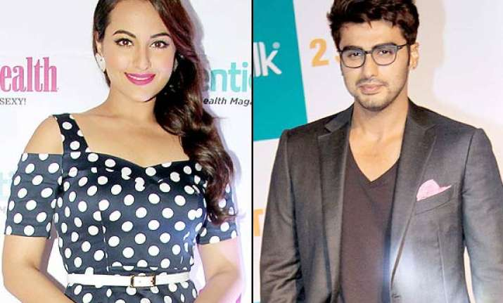 sonakshi sinha tries to bond with arjun kapoor says they