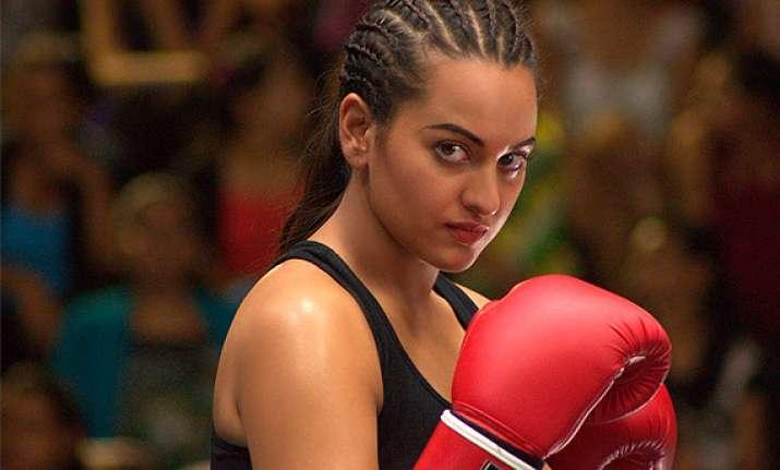 sonakshi sinha confirms she s in murugadoss woman centric