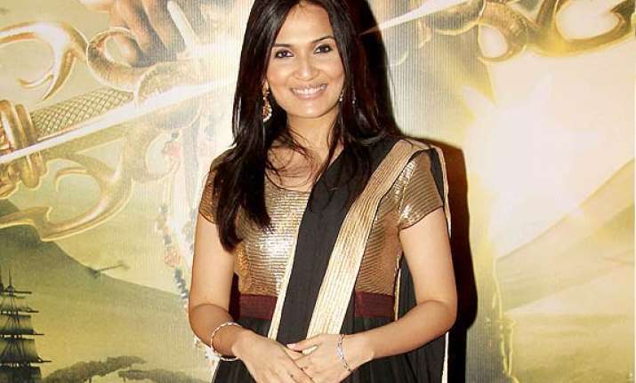 soundarya rajinikanth speaks over how it feels to be