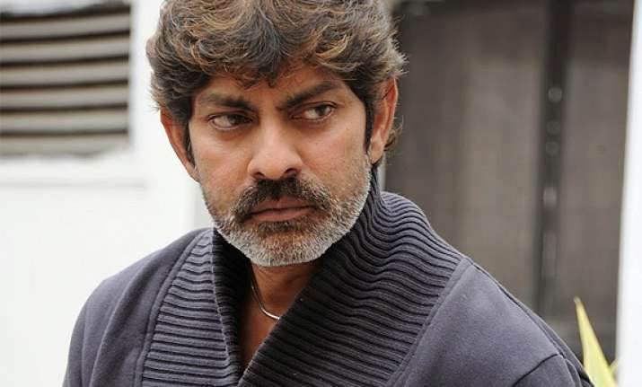 south actor jagapathi babu expresses happiness to work with