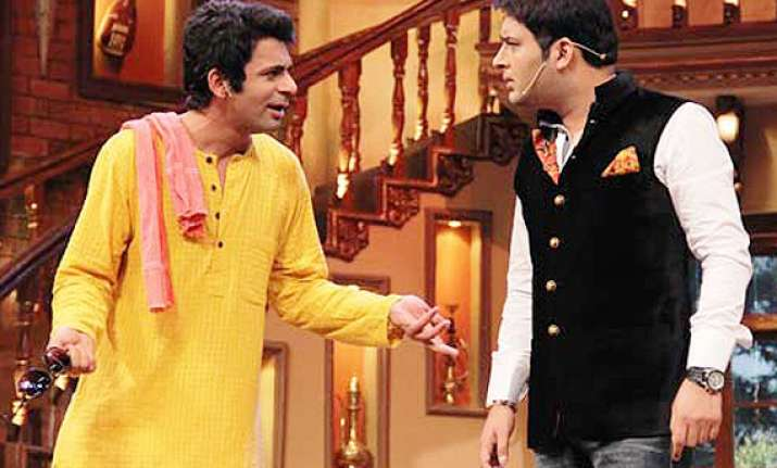 now sunil grover to play kapil sharma s father in law