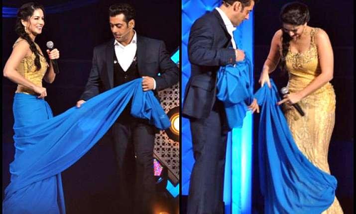 Salman Khan Gives Saree Lessons To Hot Sunny Leone See Pics