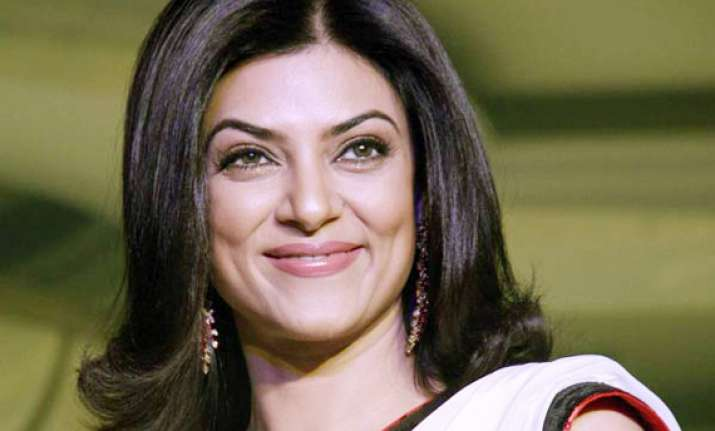 sushmita sen in trouble ceiling of house collapses