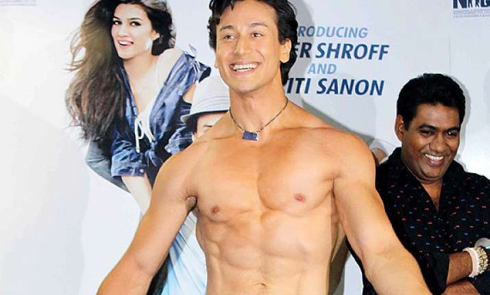 tiger shroff another salman khan in making see pics