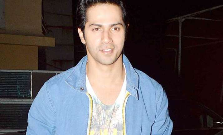varun dhawan speaks over getting compared with govinda