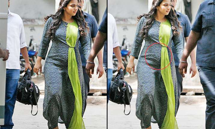 spotted vidya balan with a baby bump see pics