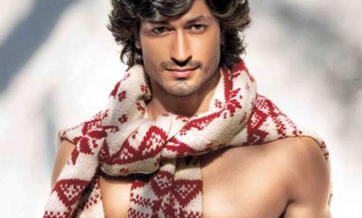 vidyut jamwal expresses his views for women see pics
