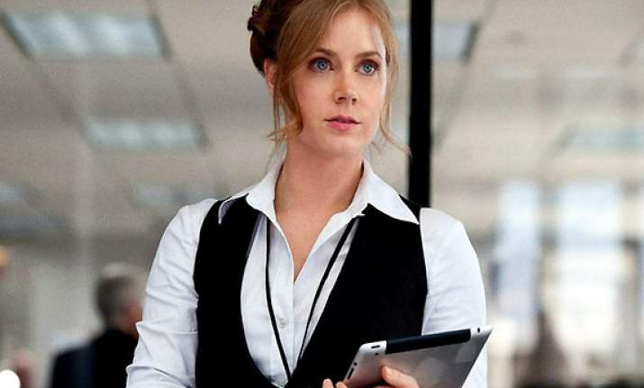 amy adams studies photographs to look better