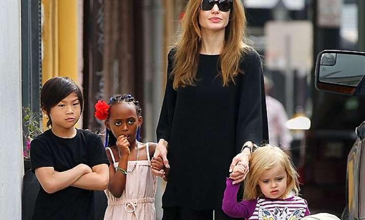 angelina jolie having kids on set was stressful