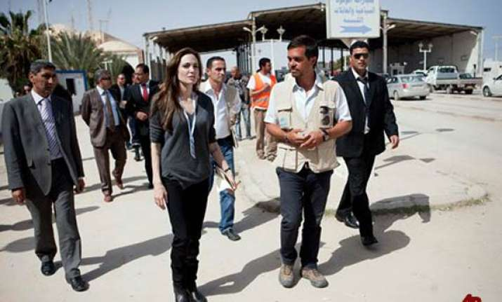 angelina jolie says people fleeing libya need support