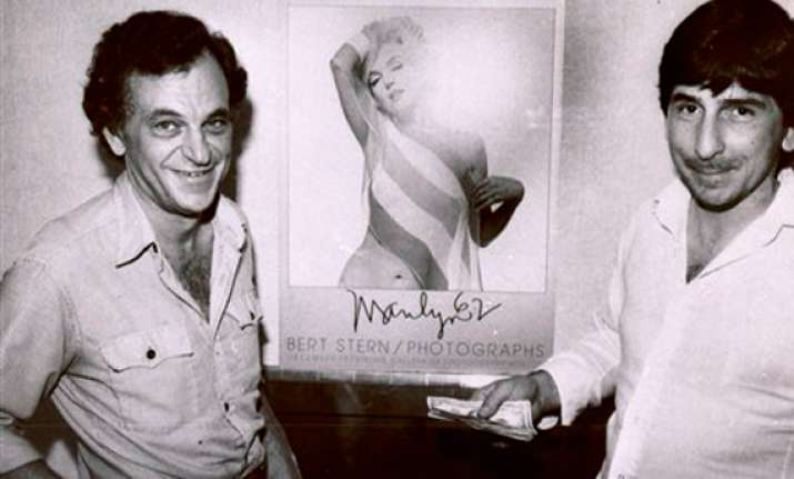 bert stern who shot 62 marilyn monroe portraits dies