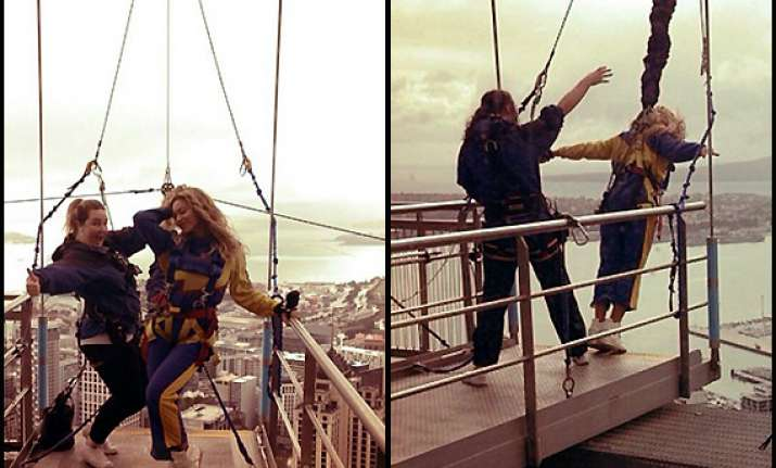 beyonce secretly enjoyed bungee jumping before concert see