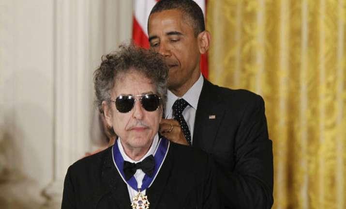 bob dylan predicts obama s landslide win